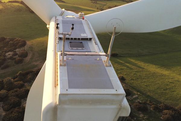 Inspecciones Técnicas en plantas eólicas con drones. Mantenimieto preventico de aerogeneradores de parques eólicos.