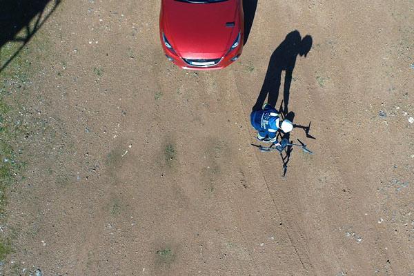 Detalle del vídeo despegue seguro con un dron para formaciones como piloto de drones. Formación piloto de dron
